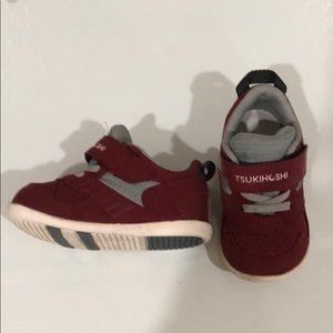 Tsukihoshi Racer toddler shoe. Size 5. Crimson.